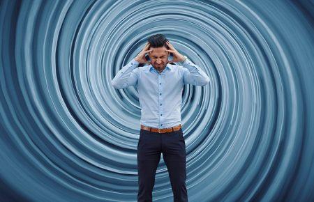 سرگیجه چیست؟ علت های سرگیجه چه می باشد؟