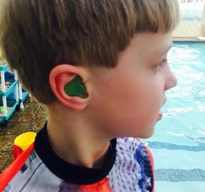 قالب گوش شنا